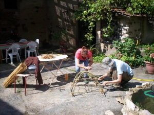 Making willow structures