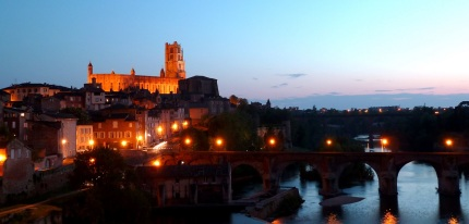 Albi at night